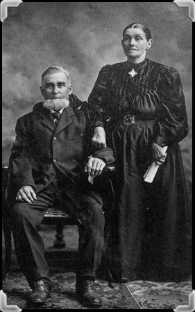 Old photograph of Paul Beauchemin (1832-1906) and Aurélie Mongeau (1834-1922)